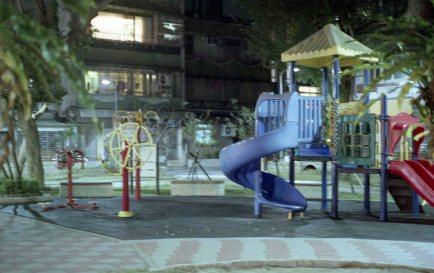 [FILM] US TAIWAN makiko iowa Nikon FM(B) Fujifilm Superia 800-015