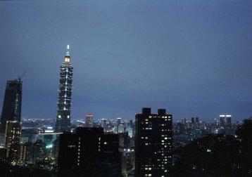 [FILM] VIETNAM TAIWAN tamsui ho chi minh city FEB2017 Nikon F100 Fujicolor ETERNA VIVID 250D-034