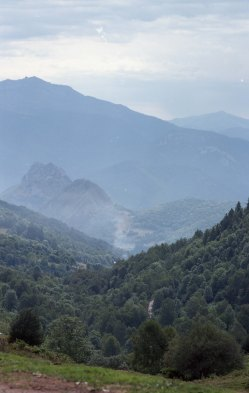 FRANCE - Pyrenees Camping JUL2017 Nikon FM2 - Kodak Ektar 100 -031