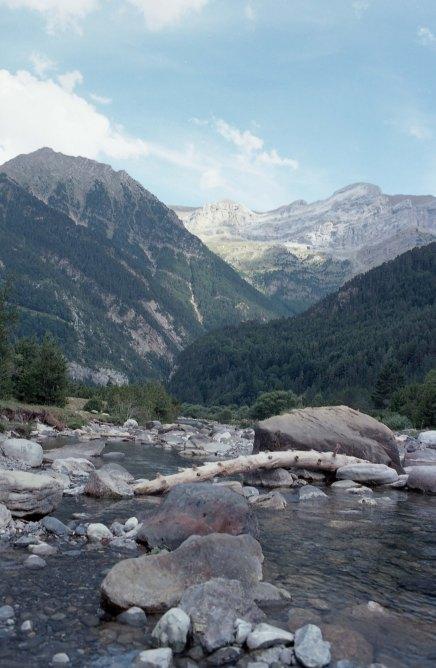 imgFilm - Pyrenees hiking - JUL2017 - Nikon FM2 - Kodak Ektar 100 -007