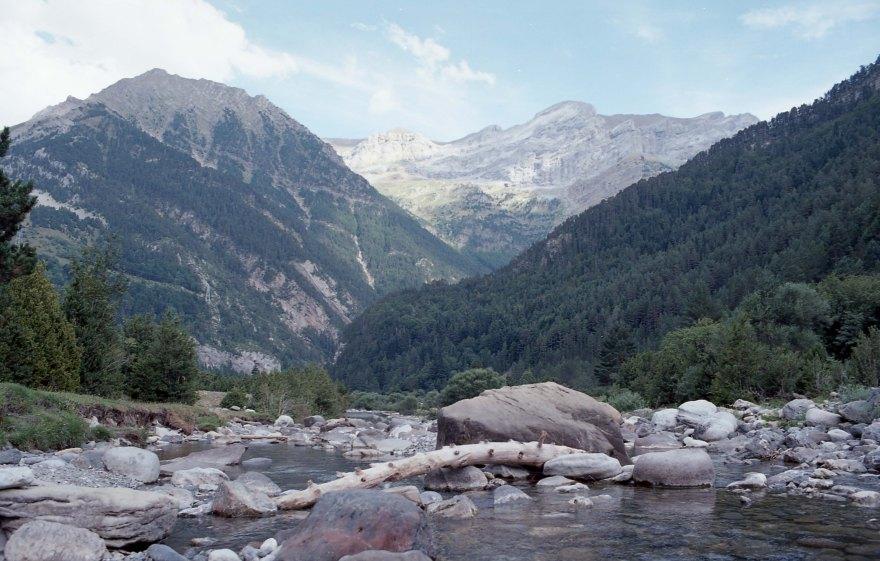 imgFilm - Pyrenees hiking - JUL2017 - Nikon FM2 - Kodak Ektar 100 -008