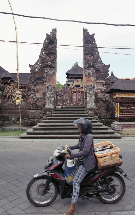 BALI water temple APR2018 Nikon FM2n IRO200008