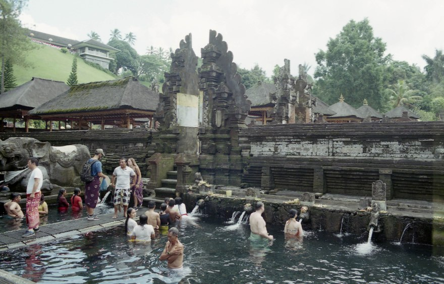 BALI water temple APR2018 Nikon FM2n IRO200022