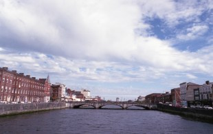 IRELAND - Cork - Guiness AUG2016 Nikon FM Fujifilm Xtra 400 -014